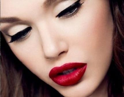 Где найти курсы по макияжу в Калининграде?