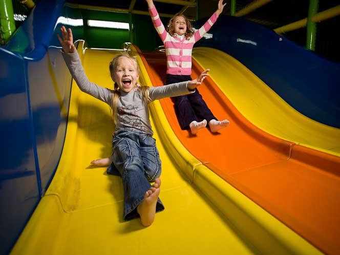 В какой детский парк развлечений сводить ребенка в Калининграде?