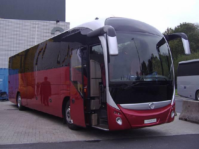 Где можно заказать туристический автобус в Калининграде?