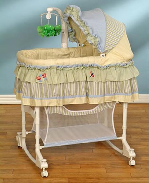 Где купить колыбель и ходунки новорожденного в Калининграде?
