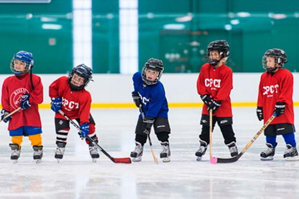 Где научиться играть в хоккей в Калининграде?